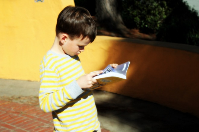 Ronin has also mastered the art of reading while walking